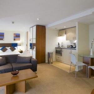 Quad Executive Apartment Bayswater-2