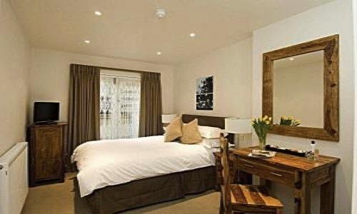 Ladbroke Grove - Two Bedroom-6709