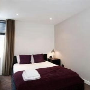 Fulham Road Apartment - Two Bedrooms-0