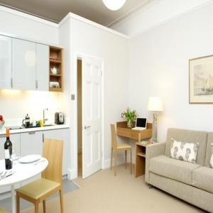 Bloomsbury Apartments - Studio/ 1 Bedroom Apartment-8182