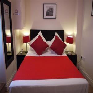 Camden Road Apartments - 3 Bedroom-8223