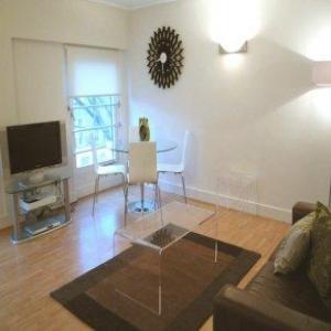 Albert Street Apartments - Studio-8148