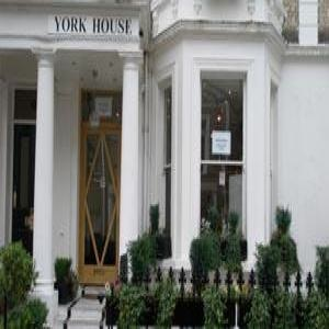 Dylan Earls Court Apartments - Studios-8336