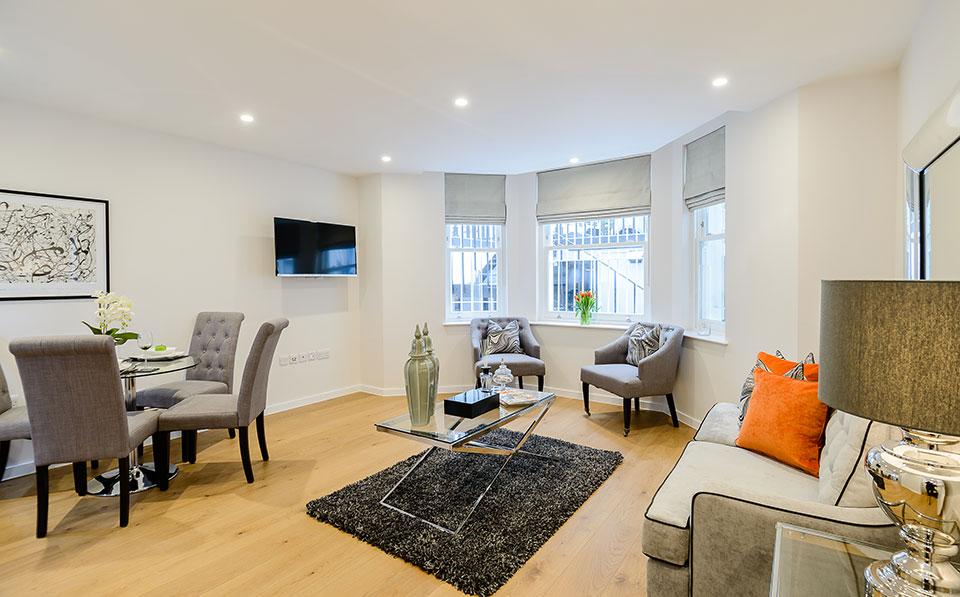 LAK Two Bedroom Two Bathroom Apartment South Kensington-24130