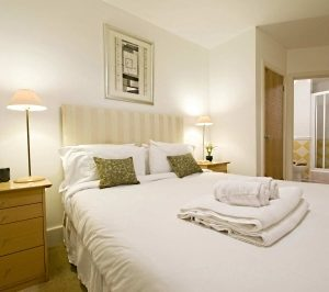 Carna Court Apartments - One Bedroom Apartment-0