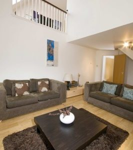 Carna Court Apartments - Three Bedroom Apartment-0