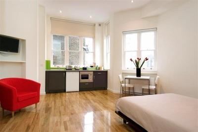 St James House Apartments - Large Double Studio Apartment-0