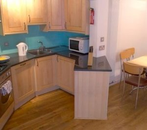 Kamen House Apartments - Large Three Bedroom Apartment-0