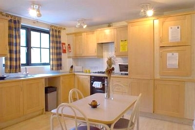 Crawford House Apartments - Two Bedroom Six Person Apartment-13705