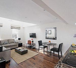 Chilworth Court Apartments - Superior One Bedroom Apartment-0