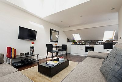 Chilworth Court Apartments - Superior Two Bedroom Apartment-13506