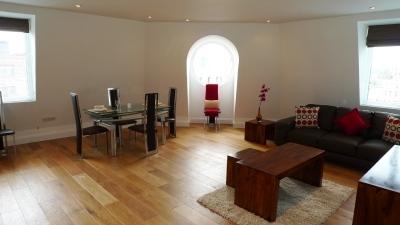 Bond Apartments - Three Bedroom Apartment-13050
