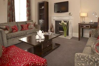Beaufort Gardens Apartments - Three Bedroom Superior Apartment-12931