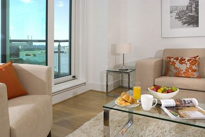 St George Wharf Apartment - Studio Apartment-15916