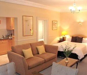 Kensington Court Apartments - Large Studio Apartment-0