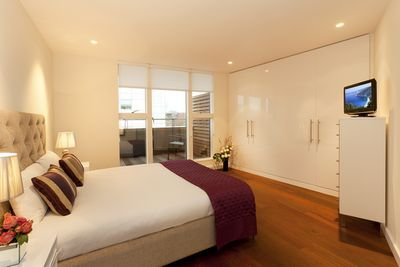 Covent Garden St Martin's Apartments - Three Bedroom Apartment-0
