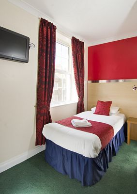 Comfort Inn and Suites, Kings Cross - Twin Suite-0