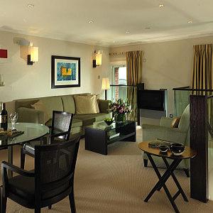 Cheval Phoenix House Apartments - Luxury One Bedroom Apartment-0