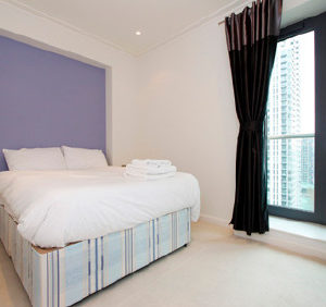 South Quay Apartments by House of Moli - Three Bedroom Apartment-0