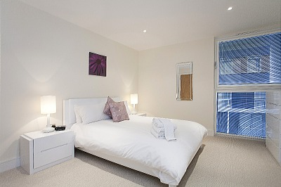 South Quay Apartments - Two Bedroom Penthouse Apartment-15845