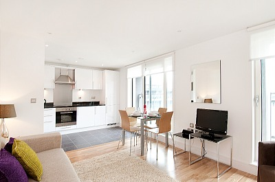 South Quay Apartments - Two Bedroom Penthouse Apartment-15846