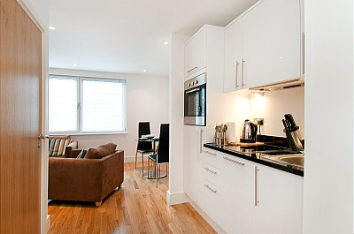 South Quay Apartments - Two Bedroom Penthouse Apartment-15848