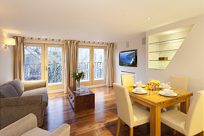 Tavistock Place Apartments - One Bedroom Apartment-0