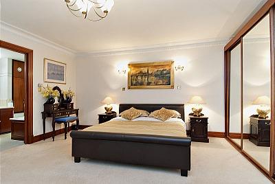 Carlton Court Apartments - One Bedroom Apartment-13282