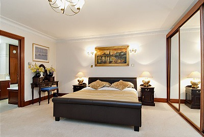 Carlton Court Apartments - Two Bedroom Apartment-13300