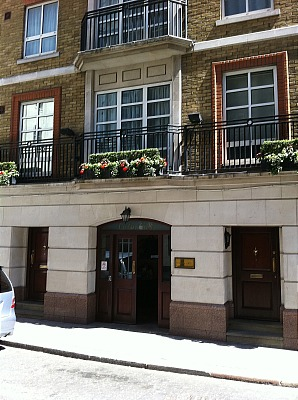 Carlton Court Apartments - Three Bedroom Apartment-13297