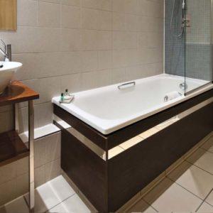 Grand Plaza Apartments - Quad Executive Studio Apartment-15785