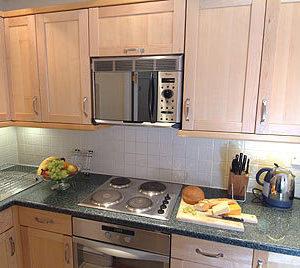 Kensington Court Apartments - Three Bedroom Apartment-12614