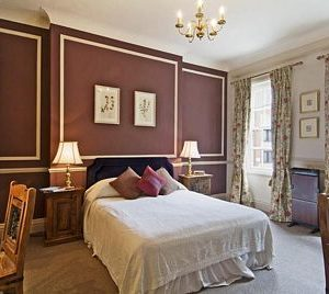 No. 1 Sloane Avenue Apartments - Deluxe One bedroom Apartment -0