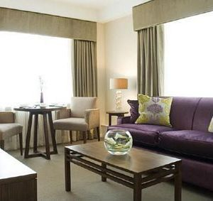 Dolphin House Apartments - Large Two Bedroom Apartment-0