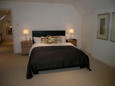 Kew Gardens Road Apartment - Three Bedroom Apartment-14691