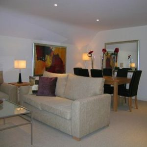 Kew Gardens Road Apartment - One Bedroom Apartment-14666