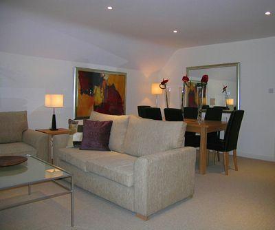 Kew Gardens Road Apartment - One Bedroom Apartment-14666