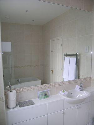 Kew Gardens Road Apartment - Three Bedroom Apartment-14695