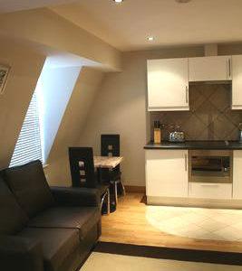 Hyde Park Suites 9 - Three Person Superior Studio Apartment-14574