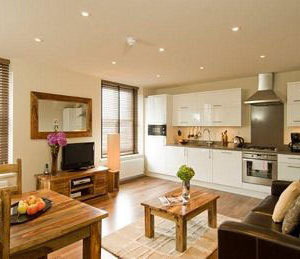 Notting Hill Gate - Deluxe Two Bedroom Apartment-0