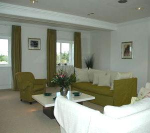 Craven House Apartments - One Bedroom Apartment Upper Garden Suite-0