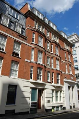 Mayfair Court Apartments - Executive One Bedroom Apartment-14919