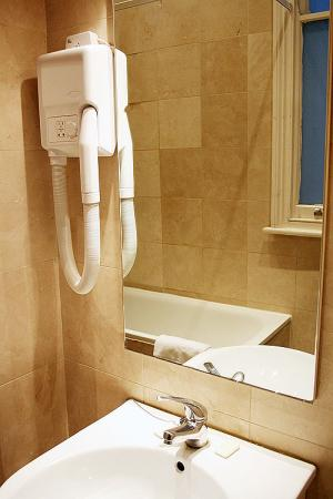 Hyde Park Suites - One Bedroom Apartment-22479