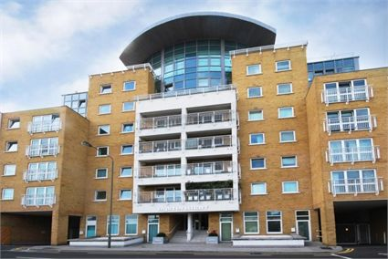 Battersea - Three Bedroom Duplex Apartment with River Views-16432