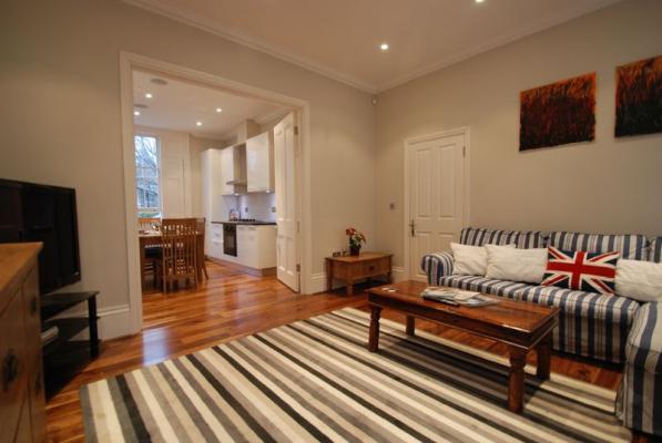 Battersea Park - Luxury Three Bedroom Apartment with Garden-16474