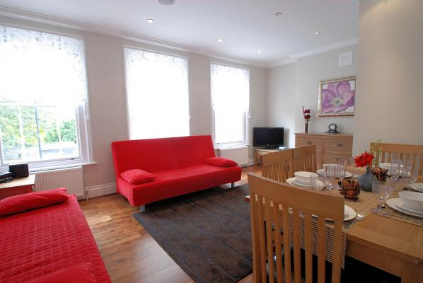 Battersea Park - Three Bedroom Apartment-0