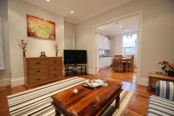 Battersea Park - Luxury Three Bedroom Apartment with Garden-16469