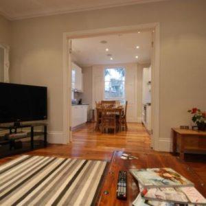 Battersea Park - Luxury Three Bedroom Apartment with Garden-0