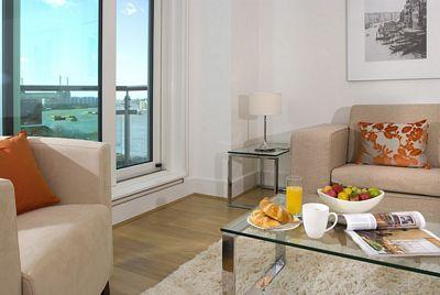 St George Wharf Apartment - Three Bedroom Apartment-0